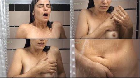 Ana Paula Arósio – Masturbando