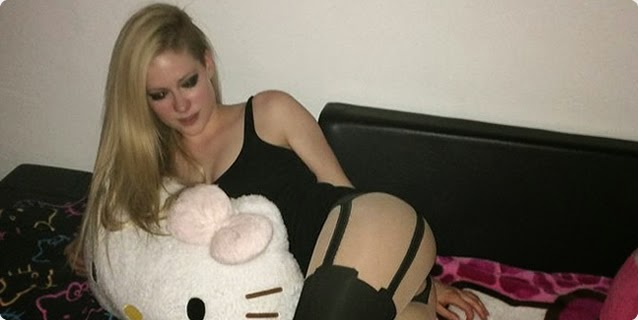 Caiu Na Net – Avril Lavigne NUA