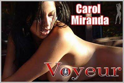 Voyeur – Carol Miranda